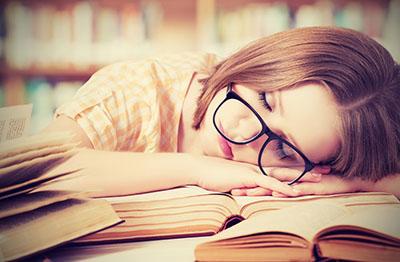 علت و درمان احساس خستگی دائم در افراد