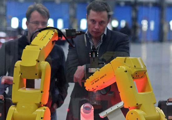 نگاهی به مسیر موفقیت ایلان ماسک نابغه دنیای تکنولوژی