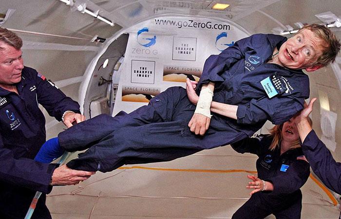 زندگینامه استیون هاوکینگ دانشمند گریخته از زندان جسم