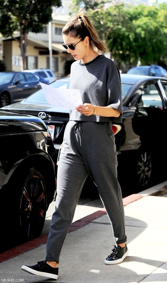 مدل لباس زنانه استریت استایل شیک و جدید 2018