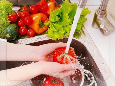 طرز شستن صحیح میوه ها و نگهداری آن ها
