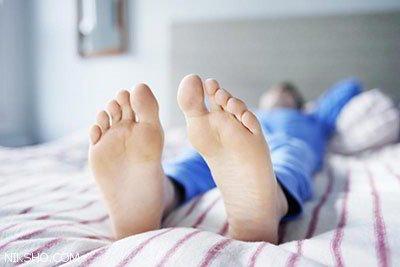 درمان مشکلی به نام سندرم پای بی قرار شبانه