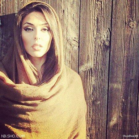 کشف حجاب و برهنه شدن حنانه شهشهانی بازیگر ایرانی