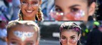 عکس های خفن دختران لندنی در فستیوال ناتینگ هیل