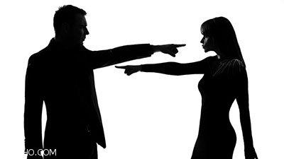 چگونه بدون این که همسرمان ناراحت شود انتقاد کنیم؟