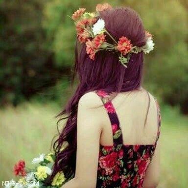 پروفایل دخترونه گل به دست