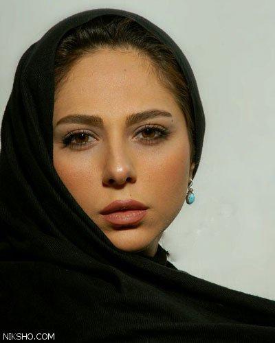 بیوگرافی رعنا آزادی بازیگر نامدار سینمای ایران عکس