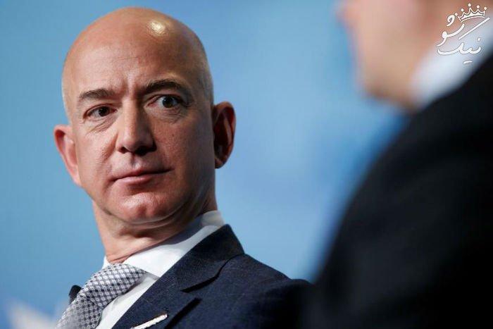 جف بزوس رئیس آمازون پولدارترین فرد جهان در نهایت قله موفقیت