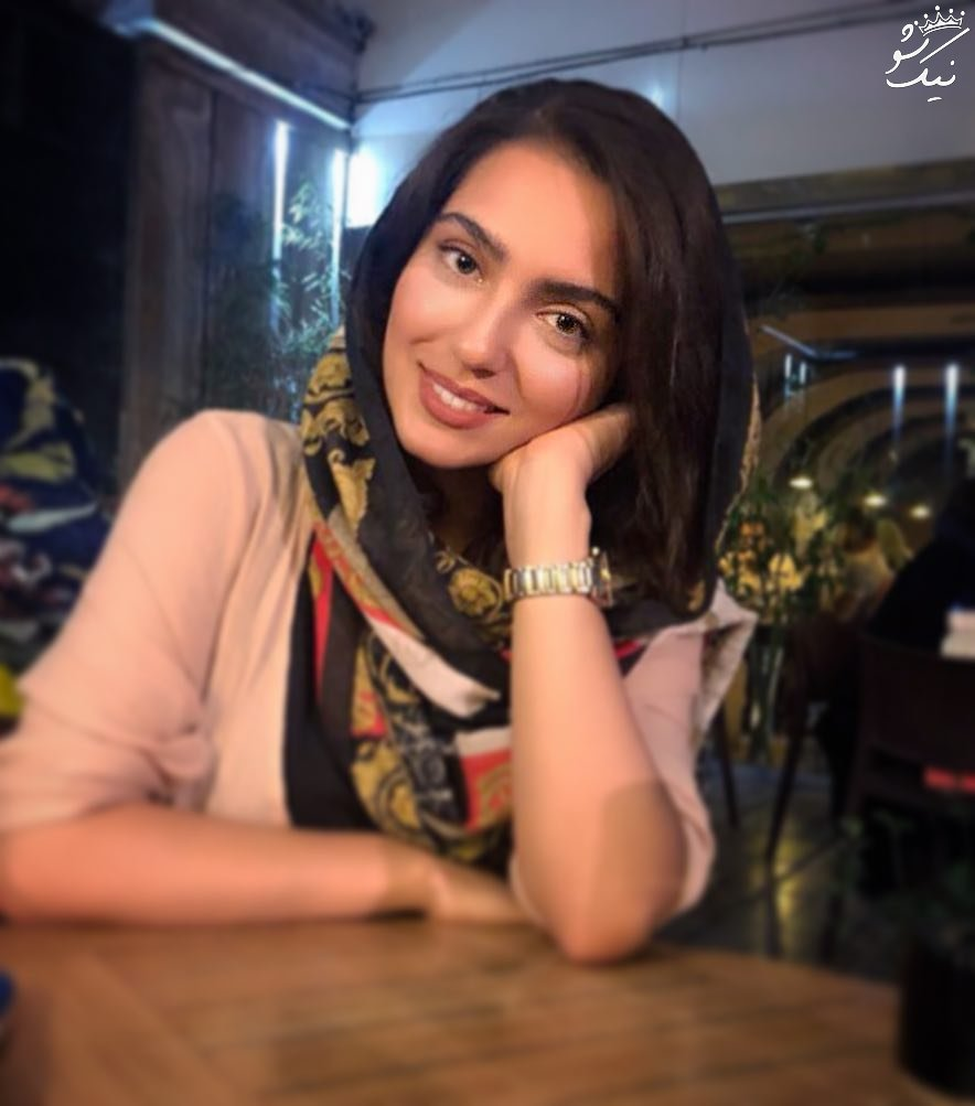 بیوگرفی مونا کرمی بازیگر جوان ایرانی +عکس اینستاگرام