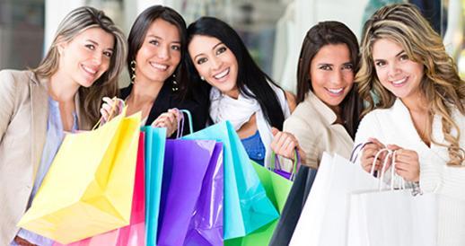 چرا خانم ها همیشه دوست دارند خرید کنند؟