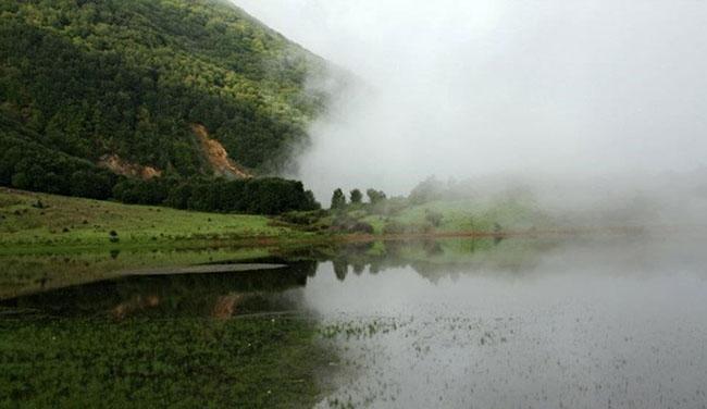 همه چیز درباره ی سفر به دریاچه ی ویستان بره سر گیلان