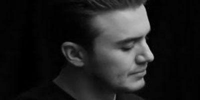 دانلود آهنگ Gecti O Gunler از Mustafa Ceceli