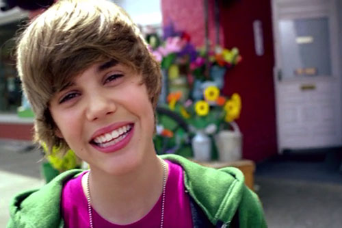 دانلود آهنگ One Less Lonely Girl از Justin Bieber