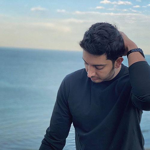 بیوگرافی فرزاد فرزین خواننده و بازیگر ،معرفی آلبوم و فیلم ها