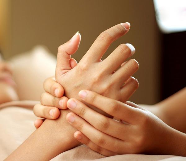 آموزش کامل ماساژ بدن زنان قبل از رابطه جنسی