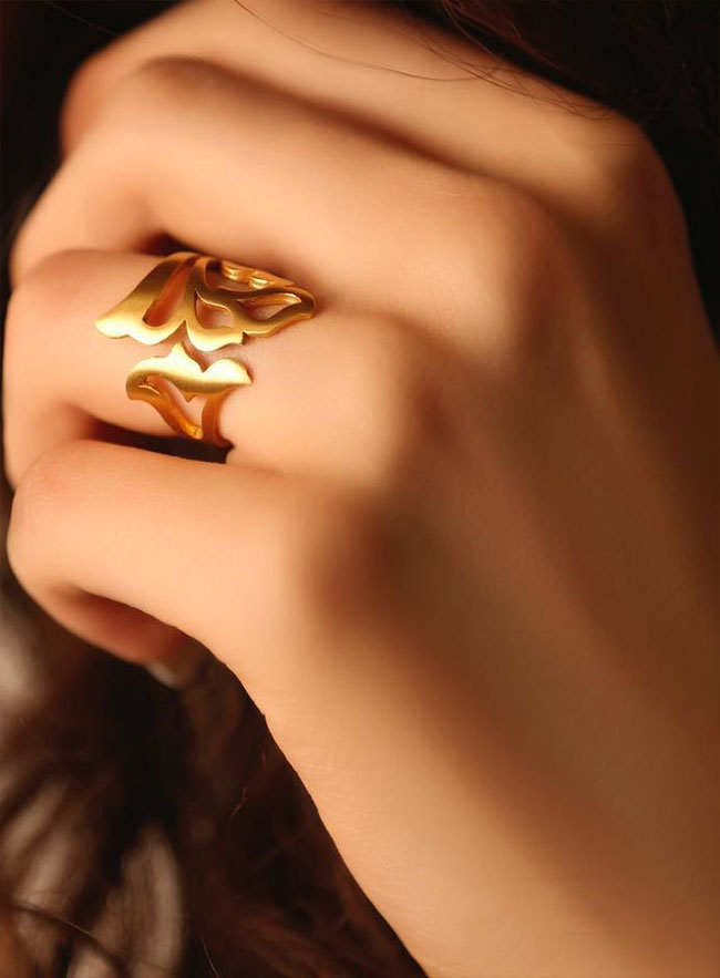 طلا و زیورآلات با طراحی بی نظیر ایرانی برند farhad