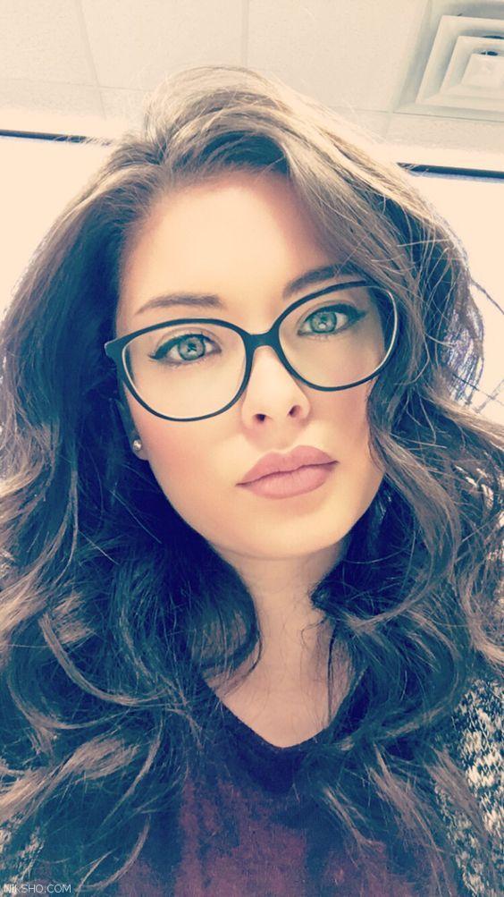 انواع مدل های عینک زنانه شیک cat eyes