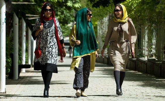 مدل مانتو بهاری و تابستانی با طراحی ایرانی 98