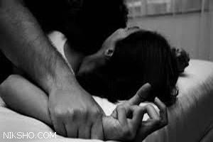 تجاوز دردناک به دخترخاله وقتی کاملا برهنه روی تختخواب بود
