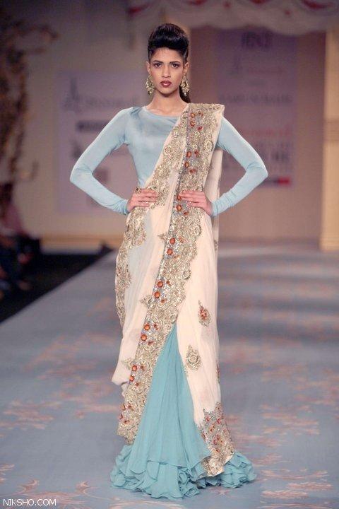 مدل لباس نامزدی عروس هندی زیبا و شیک
