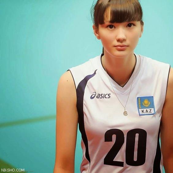 عکس های خیره کننده جذاب ترین والیبالیست زن آسیا