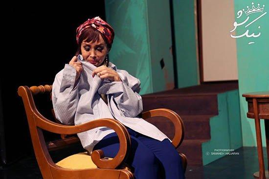 لباس و بدن بازیگر زن مشهور در تئاتر جنجالی شد +عکس