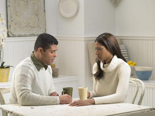بحث با همسر برای زندگی مشترک مفید است