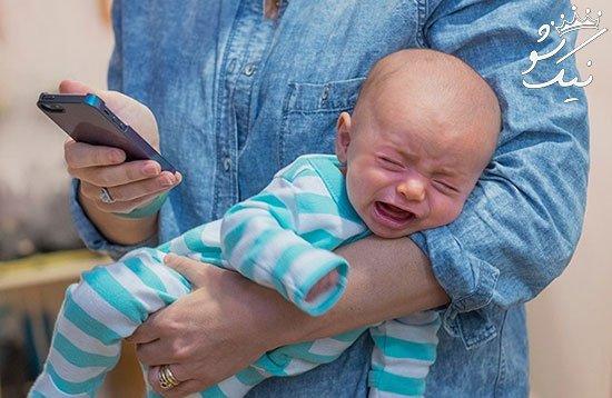 وقتی با فرزندت هستی آن گوشی موبایل لعنتی را کنار بگذار