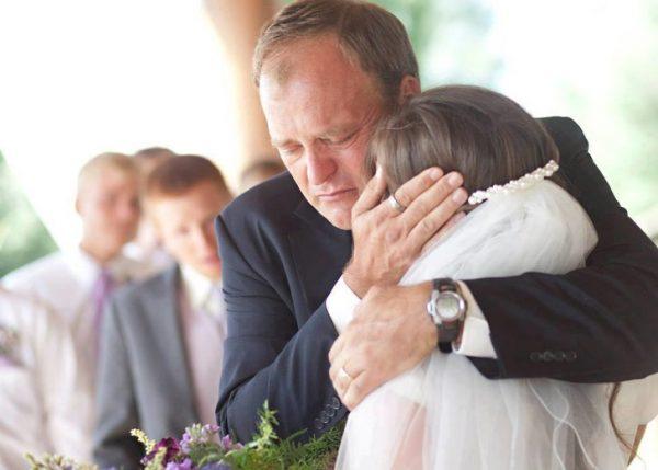 روایت جالب زندگی این مرد با 5 همسر در یک خانه