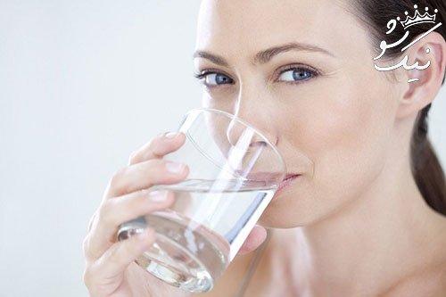 7 خاصیت معجزه آسای نوشیدن آب گرم