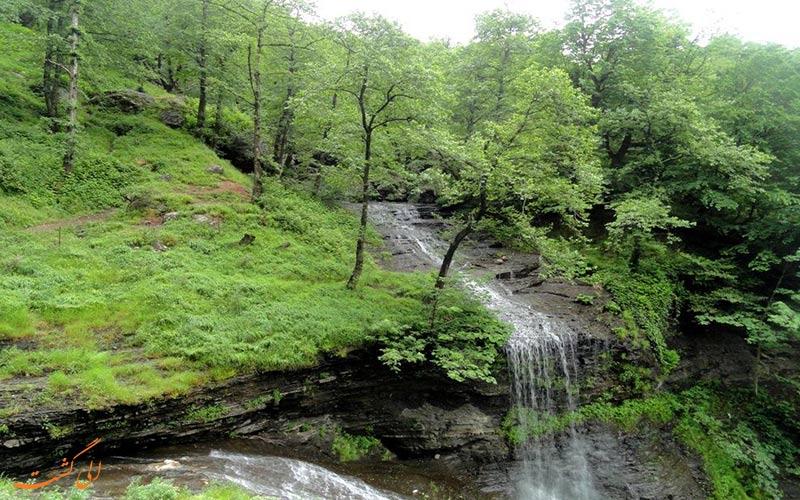آبشار لاتون آستارا ، تکه ای از بهشت در دل گیلان