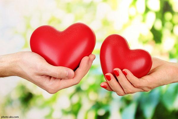 شعر برای زیستن دو قلب لازم است از شاملو