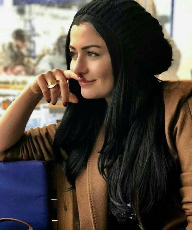 بیوگرافی دنیز چاکیر Deniz Çakır بازیگر زیبای ترکیه ای