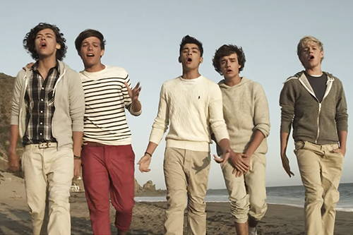دانلود آهنگ What Makes You Beautiful از One Direction