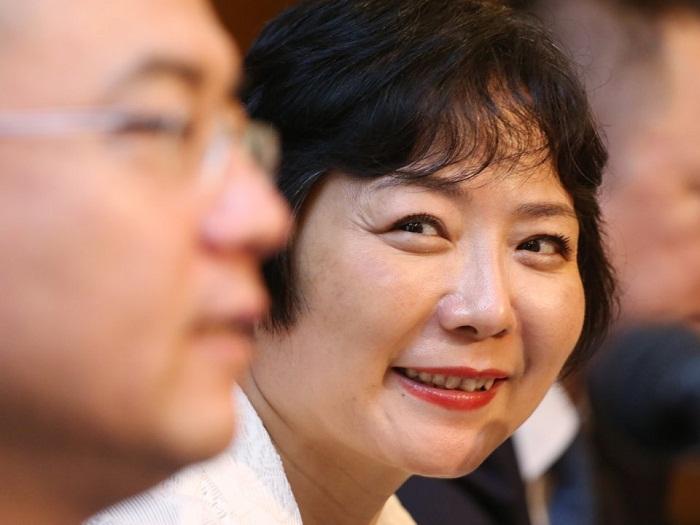 مروری بر زندگی وو یاجون Wu Yajun، ثروتمندترین زن خودساخته دنیا