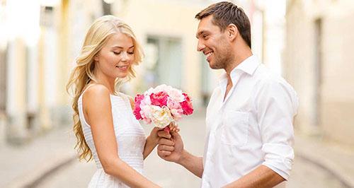 چطور همسر را نقد کنیم که موجب ناراحتی اش نشود؟