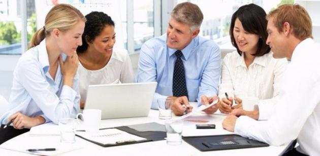 مزایای راه اندازی کسب و کار با دوستان و فامیل