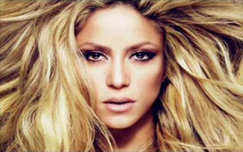 دانلود آهنگ Hot Love هات لاو از Shakira شکیرا