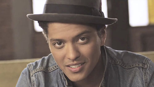 دانلود آهنگ just the way u are از Bruno Mars برونو مارس