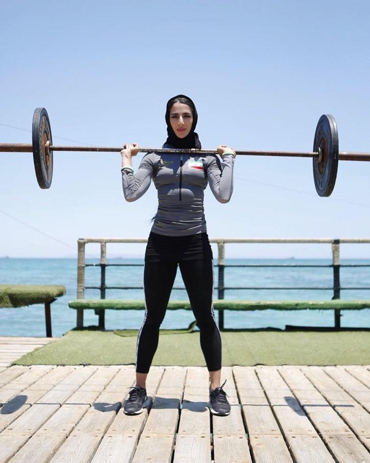 بیوگرافی و عکسهای مریم محبی دونده ، دختر باد ایران