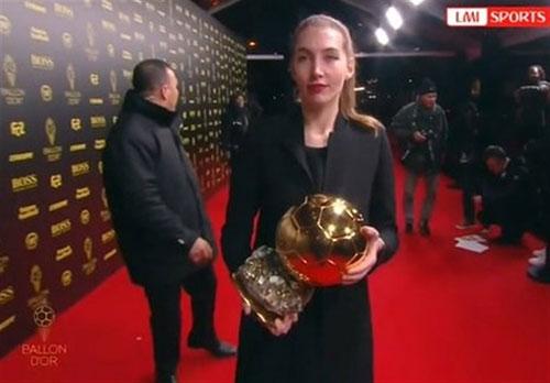 لیونل مسی برای ششمین بار برنده توپ طلا شد