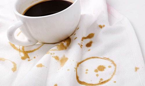 بهترین روش پاک کردن لکه قهوه و چای را از روی لباس