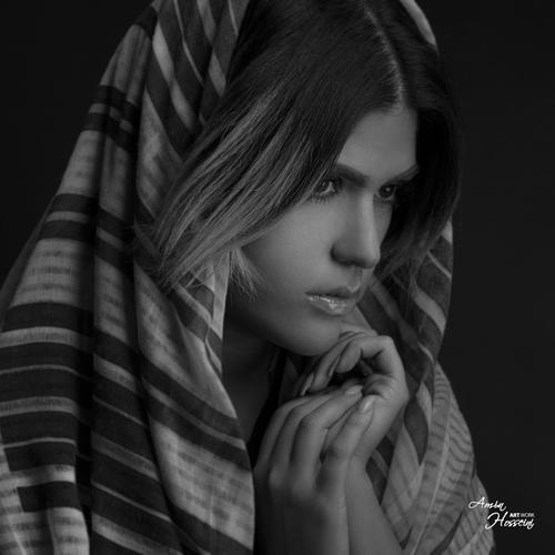 بیوگرافی ملانی آوانسیان خواننده ایرانی +معرفی آهنگها