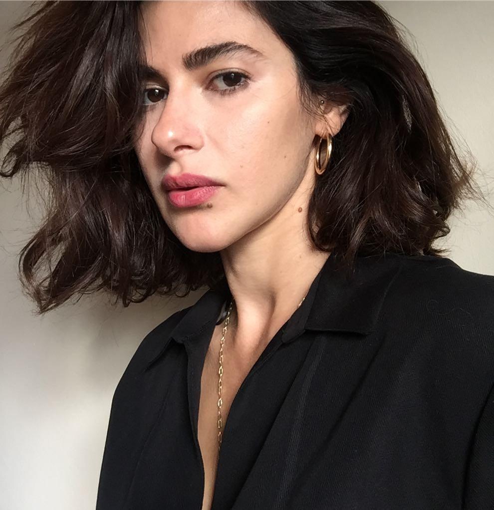 بیوگرافی نسرین جوادزاده بازیگر ترکیه ای سیب ممنوعه