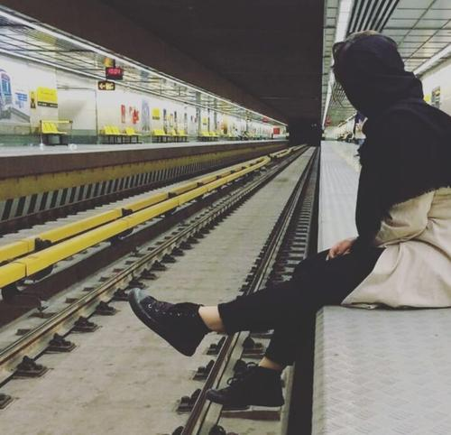 بهترین عکسهای دخترانه ایرانی ، غمگین ، عاشقانه ، شاد