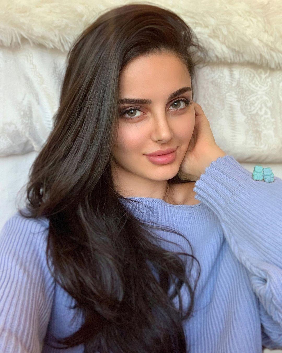 10 زیباترین زنان آسیایی در سال 2021