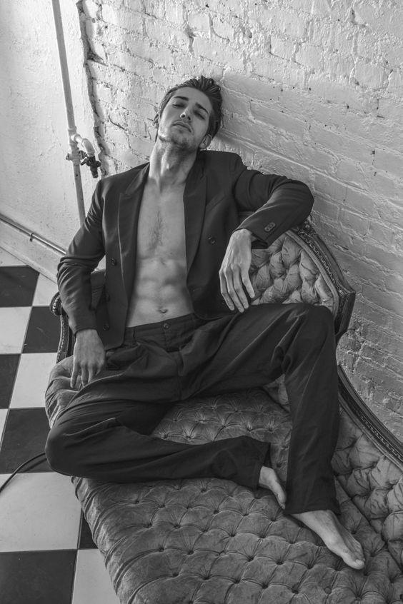 ژست عکاسی مدلینگ مردانه ،جذاب ترین استایل ها