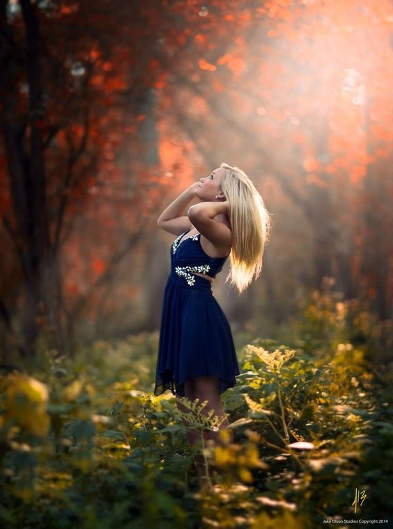 عکس هنری دخترانه ،ژست دخترانه در طبیعت برای پروفایل