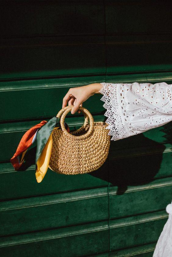آموزش بستن دستمال و روسری دور دسته کیف