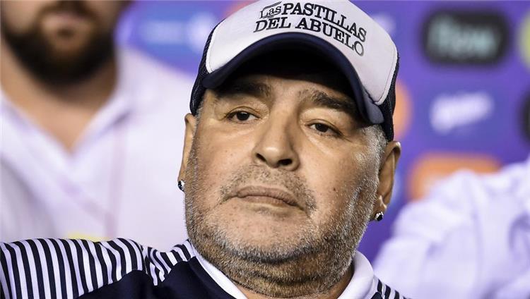 خبر فوری! مارادونا اسطوره فوتبال آرژانتین درگذشت